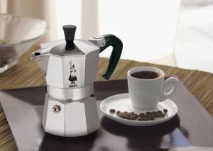 Каждая кофеварка для дома имеет свои преимущества