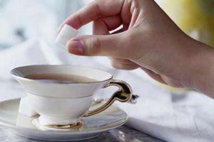 Сколько калорий в чае с сахаром?