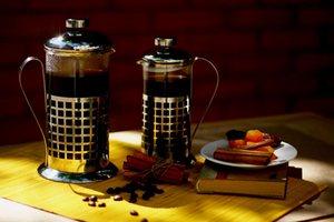 Френч-пресс очень удобное изобретение для заваривания чая и кофе