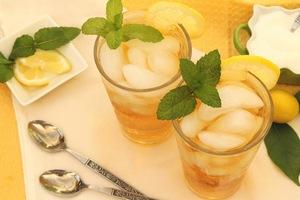 Холодный лимонный чай