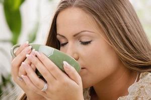 В каких случаях стоит употреблять успокоительный чай на травах